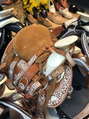 Charro Silla De montar 🐎 Horse Saddles for Sale in Los Angeles, CA