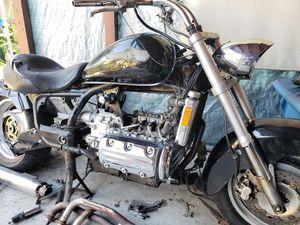2000 Honda Valkyrie parts bike for Sale in Bassett, CA