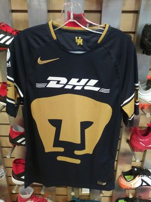 Pumas original jersey size small for Sale in West Covina, CA