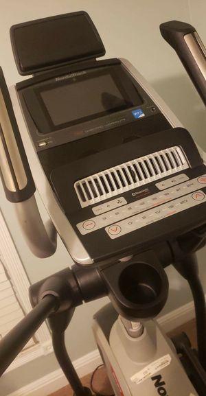 NordicTrack Elite 10.9i Elliptical for Sale in Fayetteville, NC