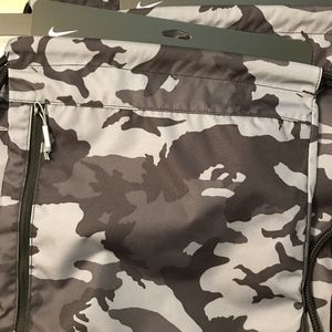NIKE Drawstring Backpacks (32 All New) for Sale in Los Angeles, CA