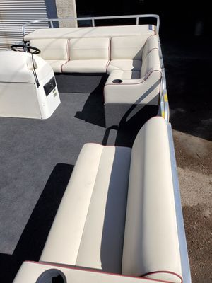 16FT TAHOE PONTOON BOAT ELECTRIC DRIVEN for Sale in Chandler, AZ