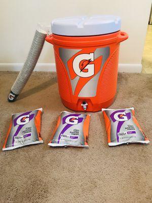 Gatorade 10 gallon water cooler plus 3 packs of Gatorade for Sale in Hampton, VA