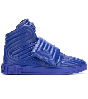 Versace sz 8 for Sale in New Britain, CT