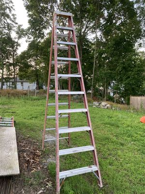10 foot step ladder for Sale in Winchester, MA