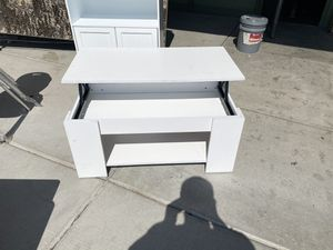 Coffee Table for Sale in Las Vegas, NV