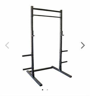 Titan fitness t3 rack w/ weights, bars, mats, bench for Sale in Deerfield Beach, FL