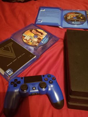 PS4 pro for Sale in Fleming Island, FL