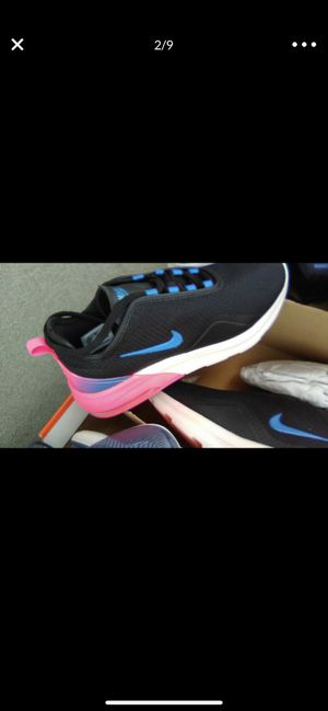 Brand new maxes siz 9w for Sale in Columbus, OH