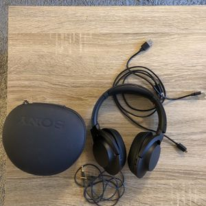 Sony mdr-100abn wireless headphones for Sale in North Ridgeville, OH