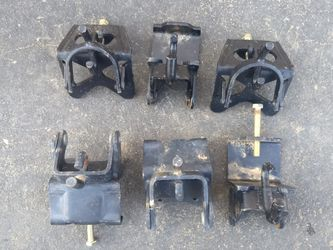 Weight Distribution Trailer Hook Up Brackets. for Sale in Squaw Valley,  CA