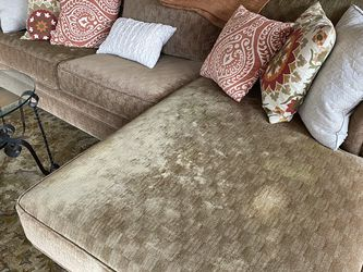 Living Room Couch for Sale in Canby,  OR
