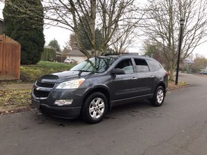 2011 Chevrolet Traverse AWD clean title for Sale in Wilsonville, OR