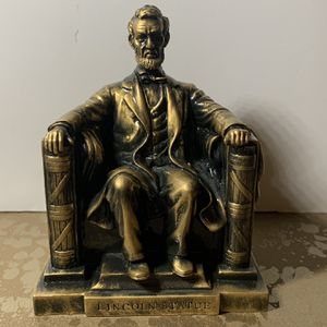 Abraham Lincoln Figure for Sale in Vancouver, WA
