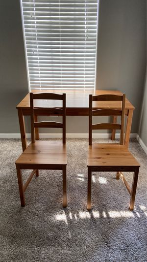 Practically new — desk/table + 2 chairs — light use! for Sale in Superior, CO