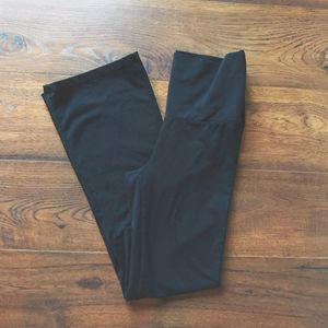 Flare Black Leggings for Sale in Pittsburgh, PA