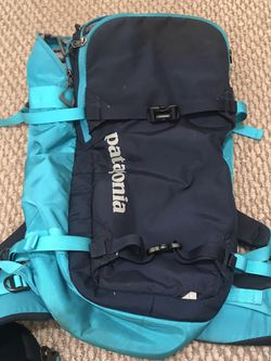 Patagonia Snow Drifter 30L for Sale in Los Angeles,  CA
