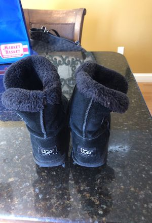 Girls size 6 boots for Sale in Dracut, MA