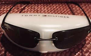 Authentic Tommy Hilfiger unisex sunglasses for Sale in Silver Spring, MD