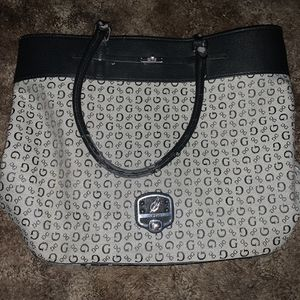 GUESS Purse for Sale in Hawthorne, CA