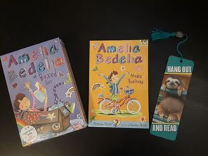 BRAND NEW Amelia Bedelia Boxed Set of 4 w/extra book & book mark for Sale in Center Valley, PA