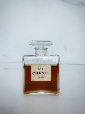 Vintage Chanel No 5 for Sale in Sacramento, CA