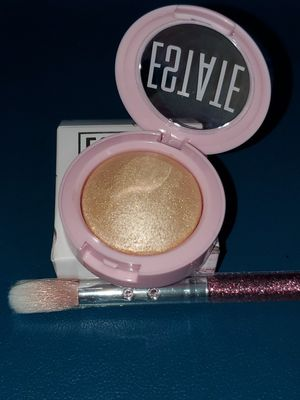 Highlight Powder ESTATE and two makeup brush for Sale in Miami, FL