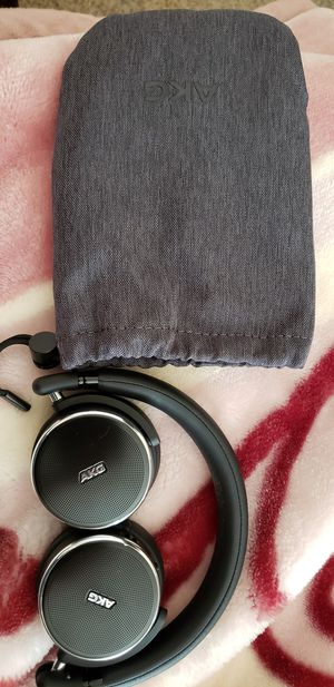 Samsung n60c wireless headphones for Sale in Southaven, MS