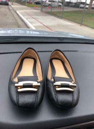Michael kors women's shoes for Sale in Clovis, CA