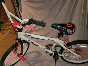 Razor Angel 20in Girls Bike for Sale in Newport News, VA