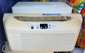 Air conditioner window AC unit for Sale in Anaheim, CA