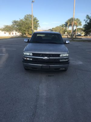 2000 CHEVY SILVERADO LS 1500 for Sale in Port Richey, FL