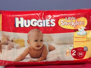 Huggies Little Snugglers size 2 for Sale in Bloomfield, CT