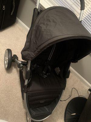 Britax B-Agile Stroller W/ Carrier for Sale in Brandywine, MD