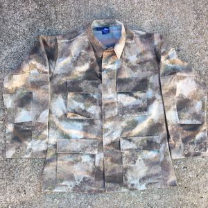 CAMO ARMY JACKET for Sale in Raleigh, NC