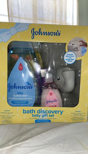 Johnson's Baby Gift Set for Sale in Colton, CA