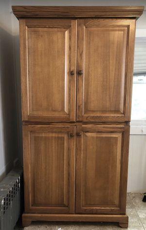 Wooden tv cabinet for Sale in Cedarhurst, NY