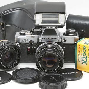 Olympus OM10 Film Camera w 2 lenses+ Xtras for Sale in Hollywood, FL