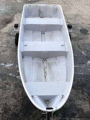 Fishing boat 12 ft for Sale in Wood Dale, IL
