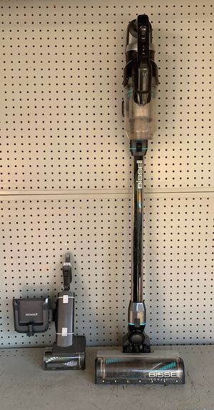 BISSELL ICON PET VACUUM for Sale in South Gate, CA