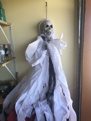 White hanging skeleton ghost for Sale in San Jose, CA
