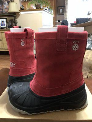 UGG K Everett Girls boots size 4 for Sale in Smyrna, TN