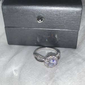 Ring for Sale in St. Louis, MO