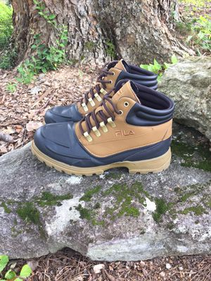 FILA waterproof boots new without tags for Sale in Marietta, GA