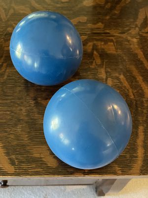 Soft 2 1/2 lb hand weights for Sale in Auburn, WA