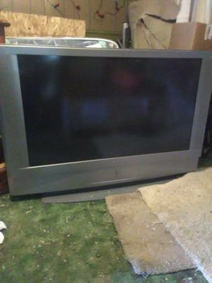 TV and swivel TV stand for Sale in Menomonie, WI