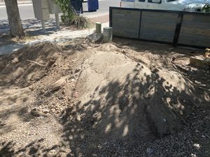 Free fill dirt used for landscaping for Sale in Albuquerque, NM