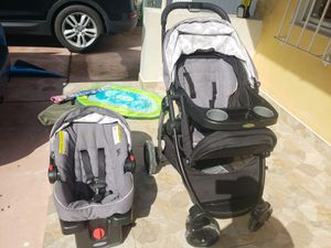Graco carseat and stroller for Sale in Miami, FL