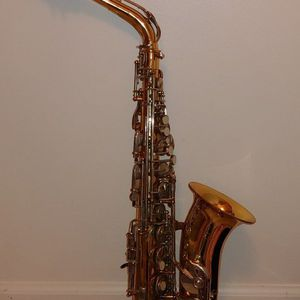 Vito Alto Saxophone with Case for Sale in Commerce Charter Township, MI