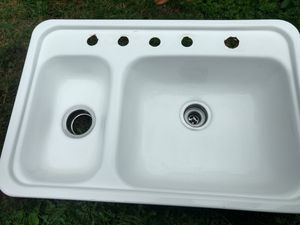 Coated steel sink for Sale in Puyallup, WA